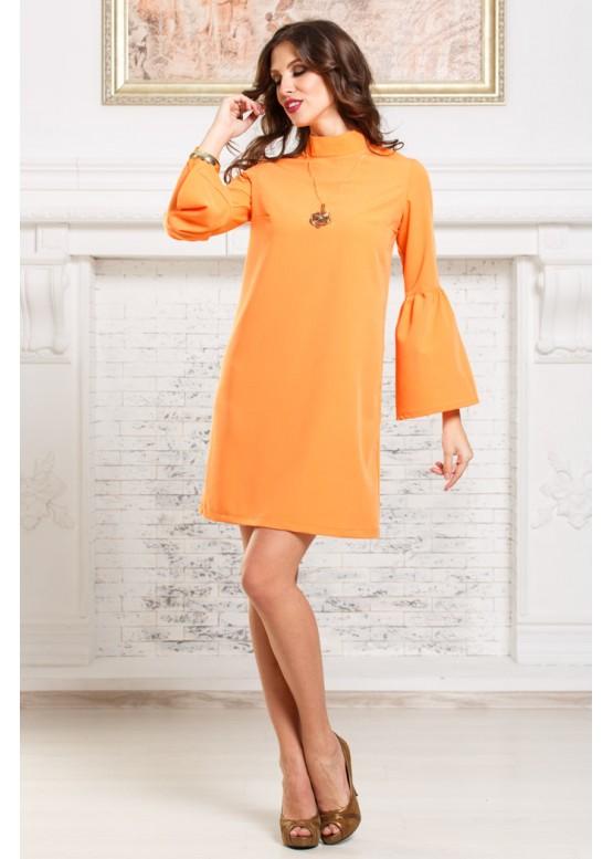 Платье персиковое свободного кроя