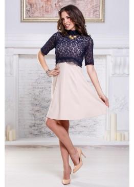 Платье с кружевом и пышной юбкой
