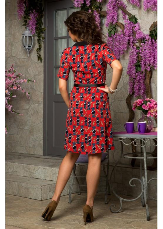 Платье-рубашка с ярким принтом  красное