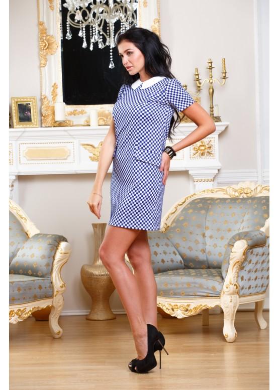 Платье укороченное с геометричным принтом и белым воротником