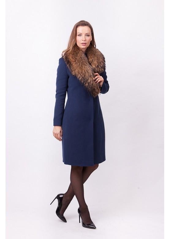 Пальто зимнее Классик 2018 с мехом натурального енота