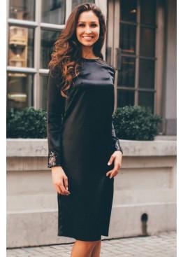 Платье-футляр классическое черное с длинным рукавом свободного кроя