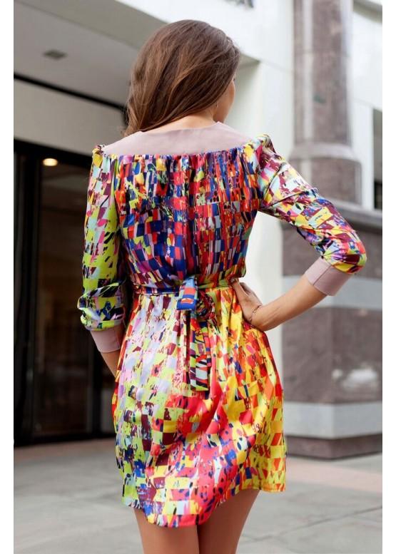 Платье яркое летнее невесомое с геометричным принтом с рукавом три четверти