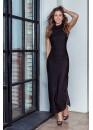 Платье под горло приталенное черного цвета с разрезами по бокам