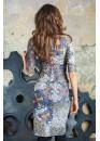 Платье-футляр классическое приталенное с необычным принтом