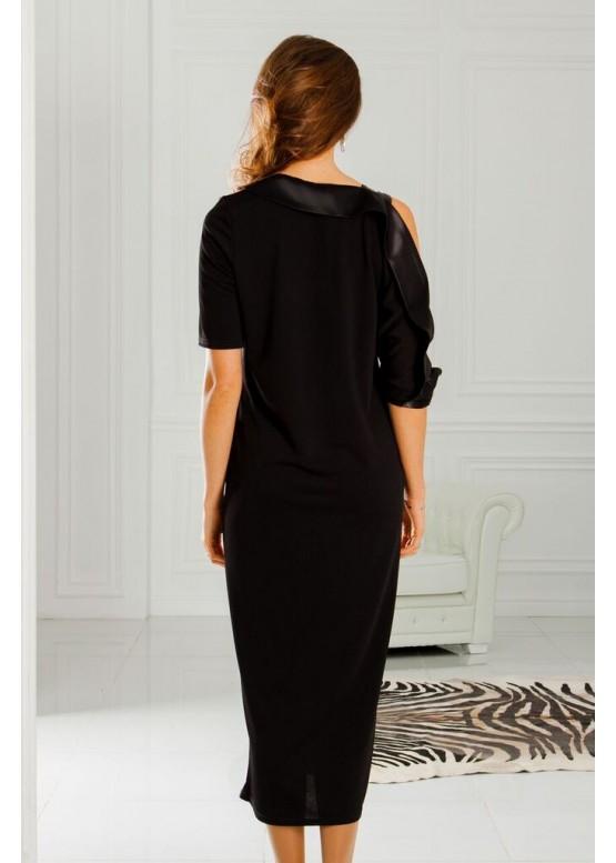 Платье удлиненное свободного кроя с открытым плечом черного цвета
