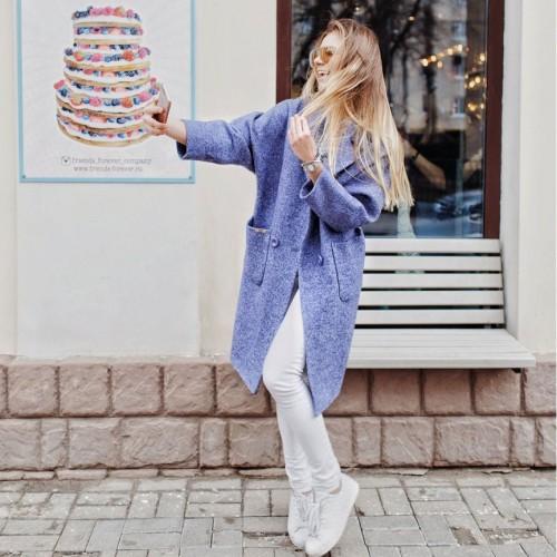 Женское пальто оверсайз (oversize)